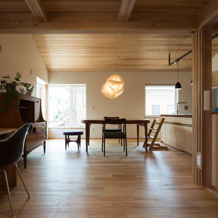 「家・暮らし見学会」今月は二世帯住宅を訪れます